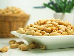 Single, antibody-based injection reduces effects of peanut allergy for weeks
